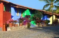 """Entrance and parking area of  """"Casitas de las Flores"""""""